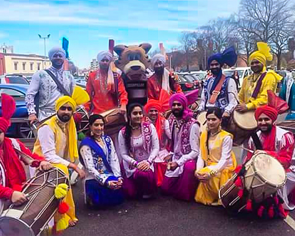 Gabhru Panjab De Mixed Team at Leicester Tigers April 2016